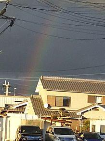 暗闇の中の虹 プリ画像