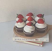 苺 いちご 本 英本 カップケーキの画像(ポエム 名言に関連した画像)