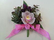 生花のコサージュの画像(コサージュに関連した画像)
