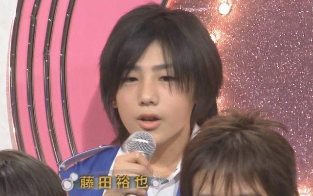 インタビューに答えている藤田裕也 。