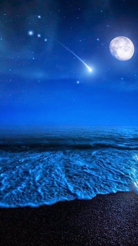 海と月と流れ星