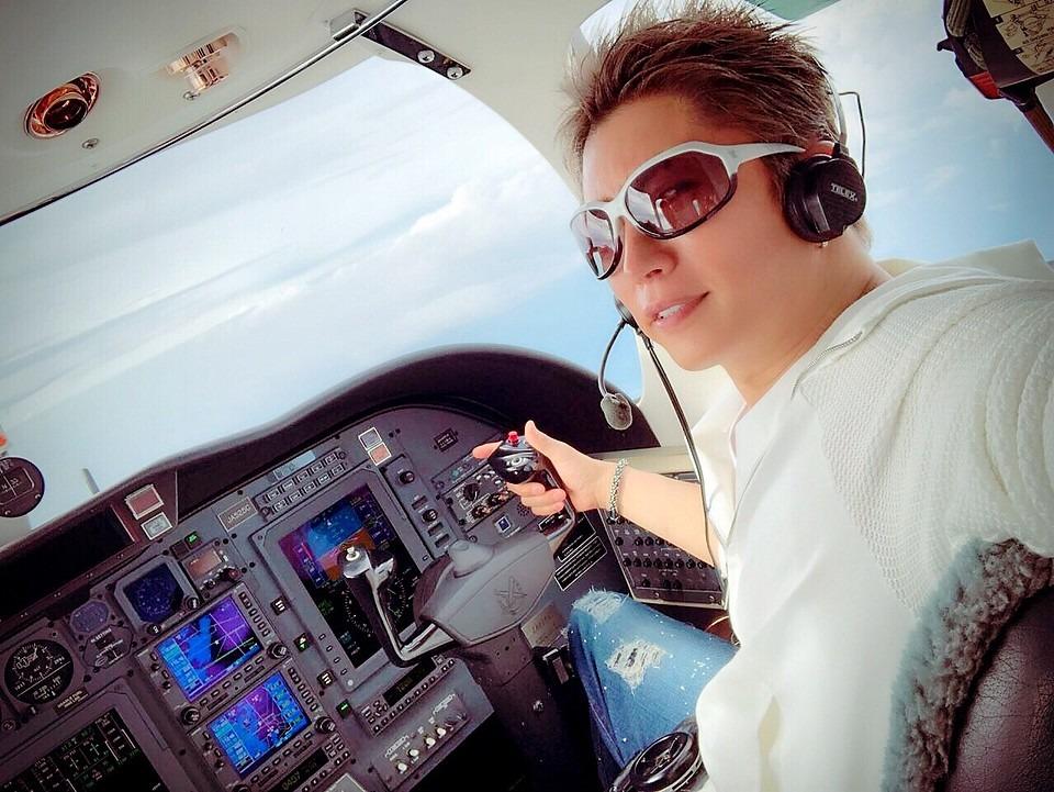 パイロットのGacktがかっこいい