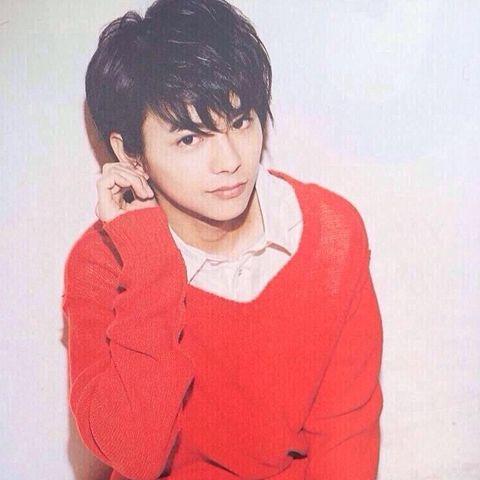 赤セーター