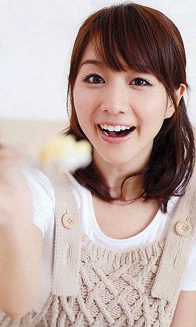 キュートな笑顔の田中アナ