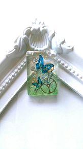 蝶々と歯車 プリ画像
