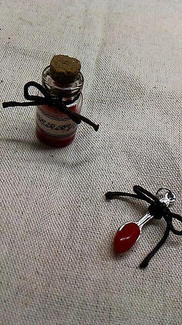 イチゴジャム風小瓶。の画像(プリ画像)