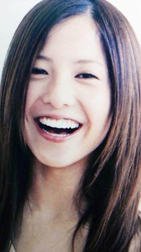 ナチュラルな笑顔の吉高由里子さん