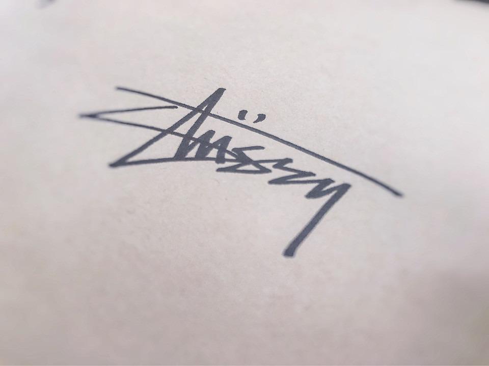 手書き風ステューシー