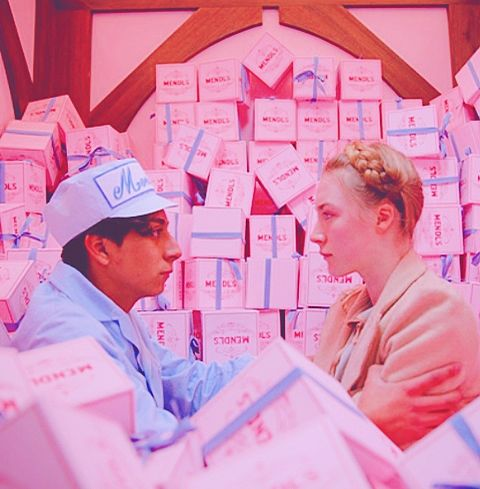 グランドブダペストホテル#レトロ #洋画  #ピンク加工の画像 プリ画像