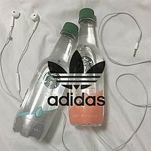 adidasロゴマーク⸜❤︎⸝の画像(マークに関連した画像)