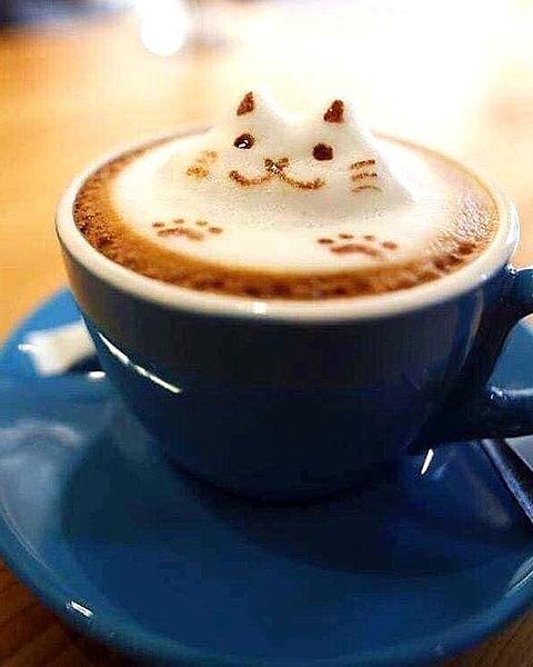 ラテアート猫 コーヒーおしゃれ