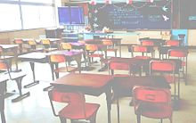 教室 素材/加工再配布はコメの画像(中学校/中学生に関連した画像)
