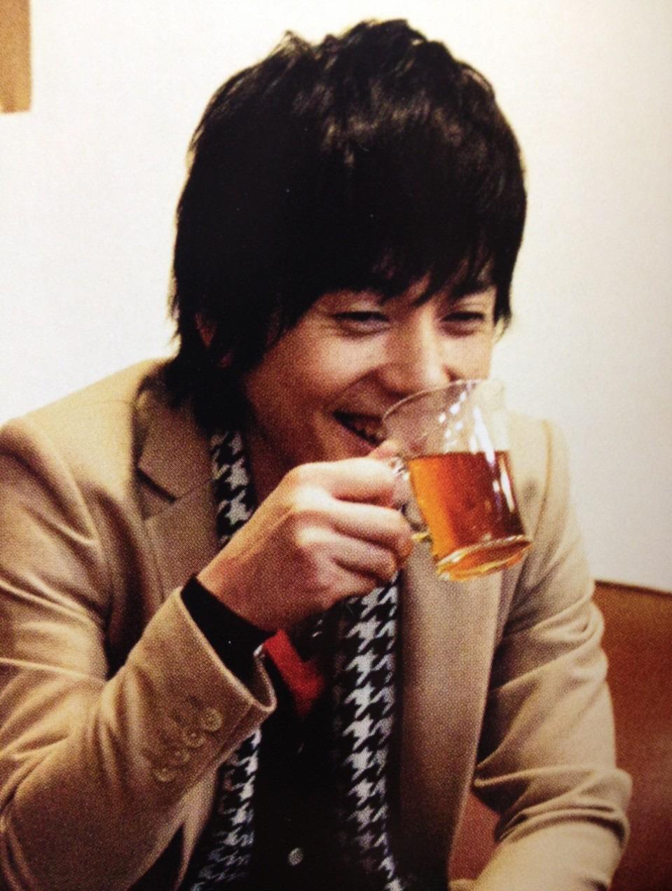 飾らない笑顔の山村隆太さん