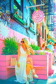 可愛い加工素材アイコン女の子ピンクロゴイラスト海外外国の画像(海外 カラフルに関連した画像)
