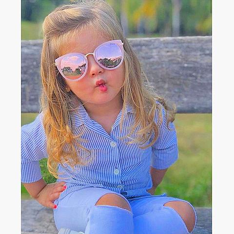 可愛い女の子 加工素材壁紙背景アイコン赤ちゃん金髪美女の画像 プリ画像