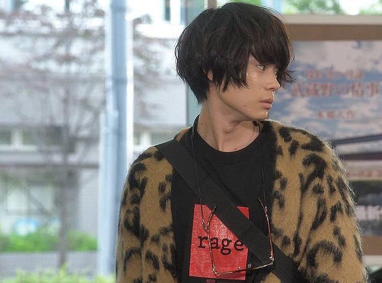 菅田将暉のこの横顔がとてもかっこいい