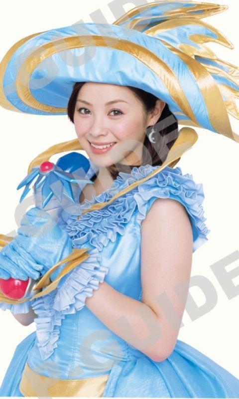 豪華な衣装の松浦亜弥