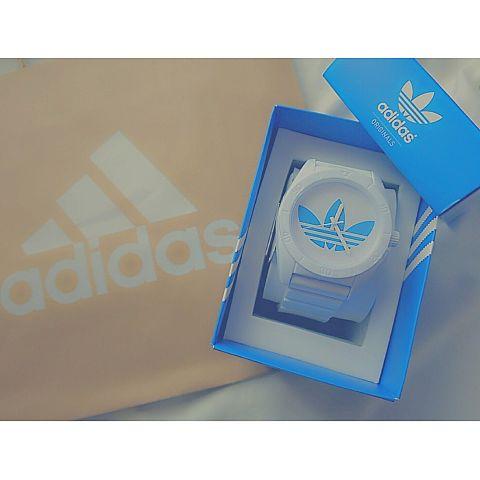 adidas腕時計の画像(プリ画像)