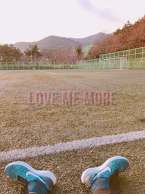 LOVE ME MOREの画像(プリ画像)