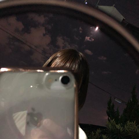 鏡越しの画像(プリ画像)