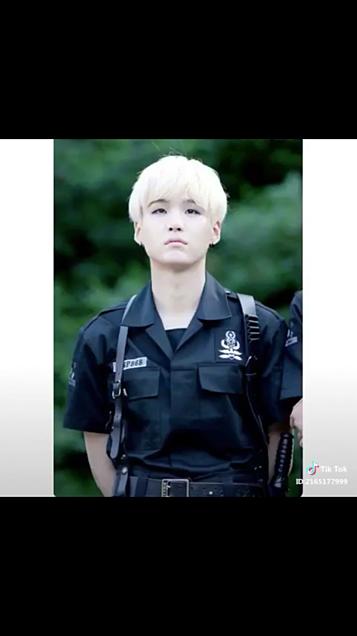 BTS  警官🚓の画像 プリ画像