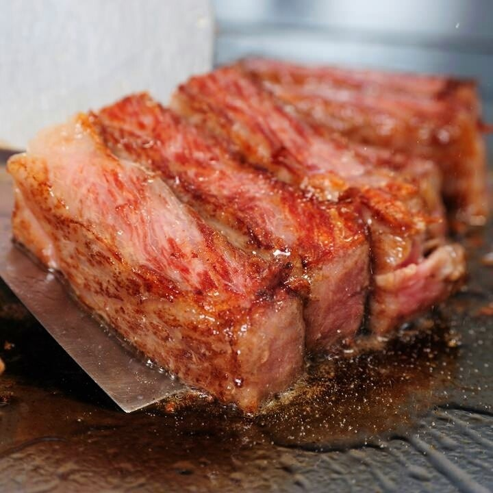 脂までおいしそうなお肉の飯テロ 壁紙