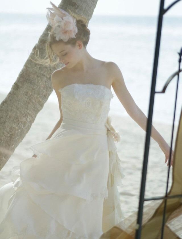 ウェディングドレス の画像を ...