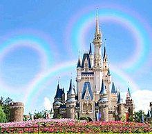 シンデレラ城とミッキー型の虹とのツーショット︎💕︎💕の画像(ツーショに関連した画像)