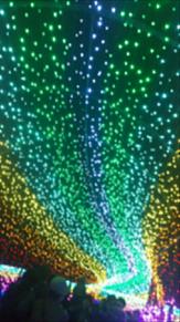光のトンネルの画像(ルミネに関連した画像)