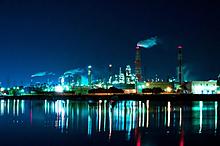 コンビナートの夜景の画像(風景に関連した画像)
