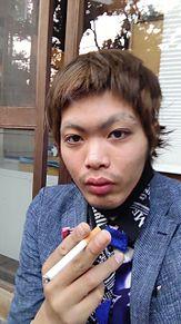 タバコ吸ってます。 プリ画像
