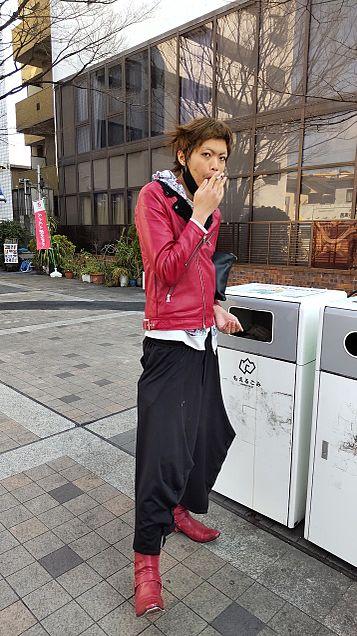 タバコ吸ってます。の画像 プリ画像