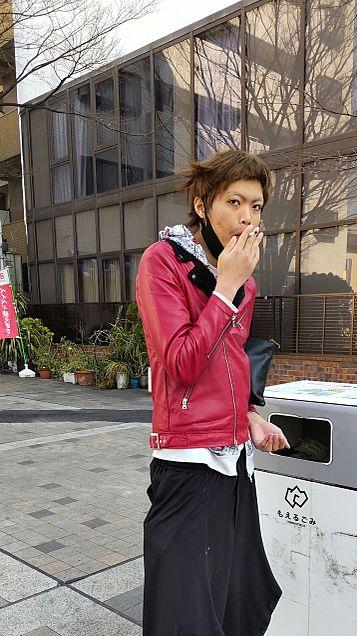 タバコ吸ってます。の画像(プリ画像)