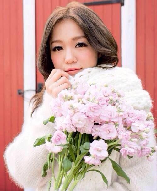 花束と西野カナ