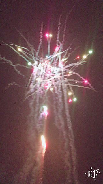 BIGBANGカラーの花火🎇の画像(プリ画像)