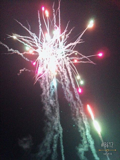 BIGBANGカラーの花火🎆の画像(プリ画像)
