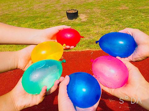 水遊び 水風船🎈の画像 プリ画像