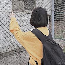 女の子 後ろ姿の画像(スウェットに関連した画像)