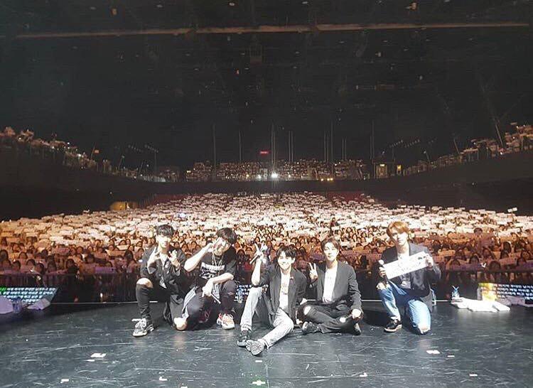 ライブでのメンバーの高画質画像です。