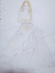 ドレスの画像(水彩色鉛筆に関連した画像)