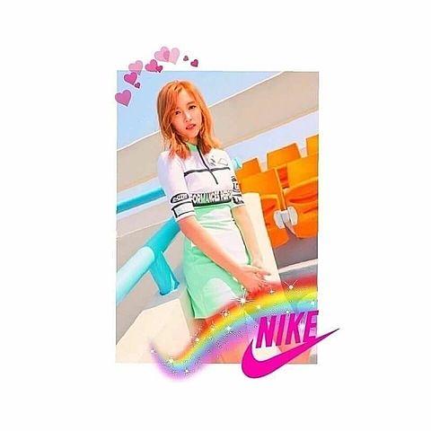 ミナ   NIKEの画像 プリ画像