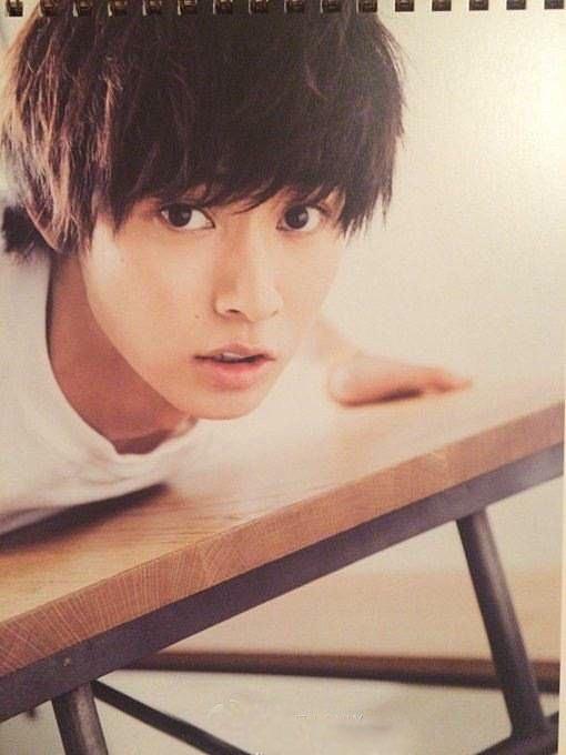 顔100人」には男性グループ「CROSS GENE」のメンバーとして活動する寺田拓哉(25・画像)が日本トップの42位にランクイン。歌手・赤西仁(33・