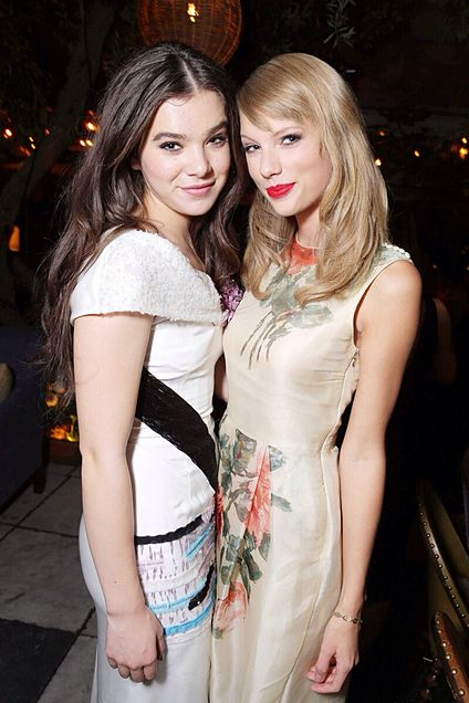 Taylor and Haileeの画像 プリ画像