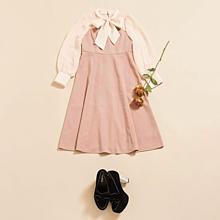 量産型のお洋服の画像(お洋服に関連した画像)