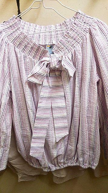 新しく買ってもらった服の画像(プリ画像)