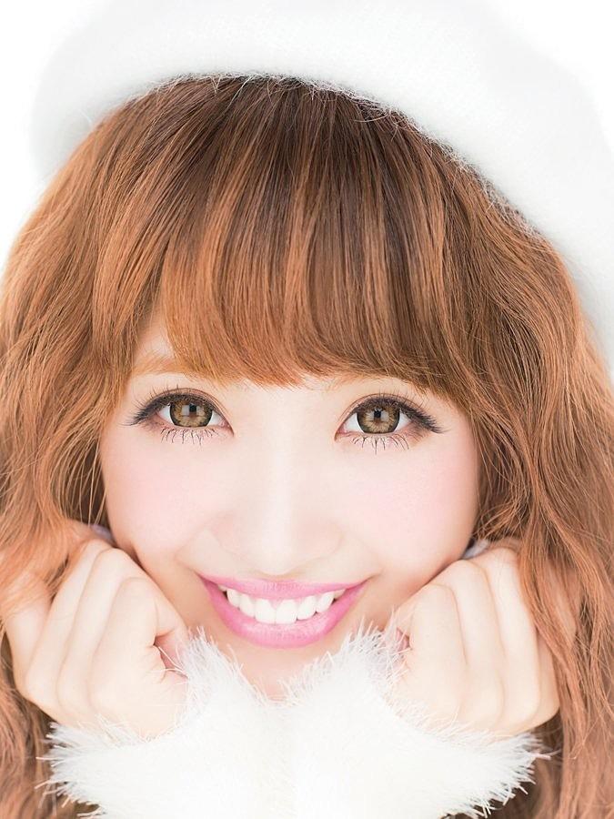笑顔がとってもキュートな舟山久美子の画像