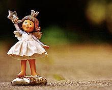 かわいい女の子の置物  ハートのいいねを押してね! プリ画像