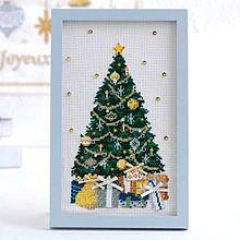 クリスマスツリー 刺繍  写真右下のハートを押してねの画像(クリスマスに関連した画像)