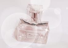 香水の画像(香水 背景に関連した画像)