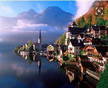 歴史ある美しい湖畔の町の画像(オーストリアに関連した画像)
